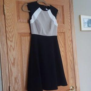 Calvin Klien colorblock size 2P dress. Full skirt